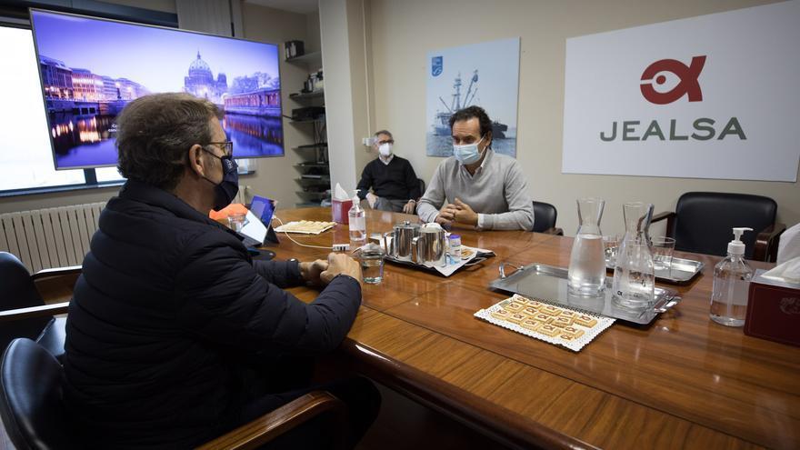Jealsa se da un año para recuperar la normalidad en la planta de Boiro