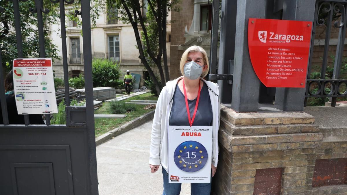Raquel de la Riva, interina del Ayuntamiento de Zaragoza que comienza hoy una huelga de Hambre