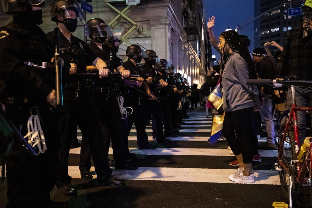 Police abuse protest in wake of George Floyd ...