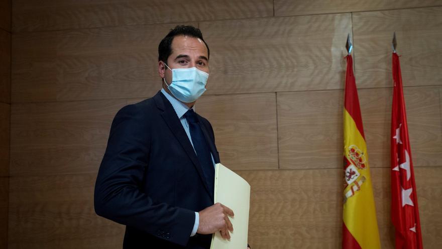 Ignacio Aguado abandona la política y Villacís le relevará al frente de Cs en Madrid