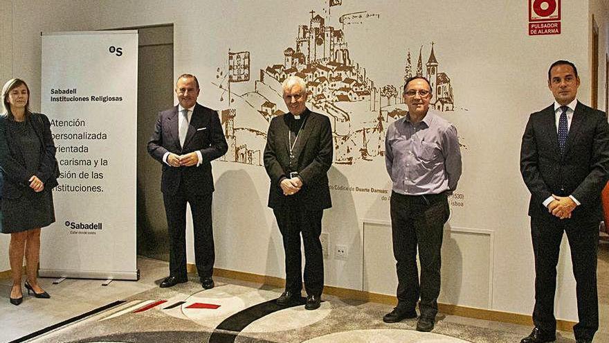 El obispado Tui-Vigo firma un convenio con Sabadell Gallego para cubrir necesidades de servicios bancarios