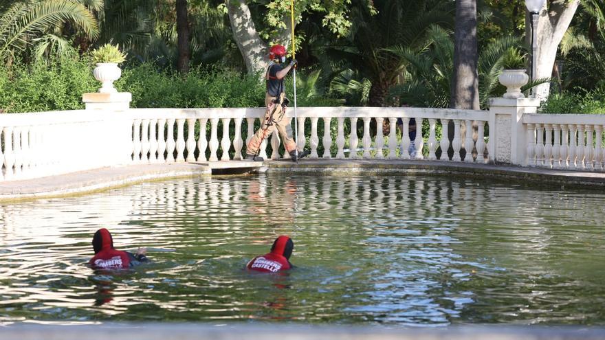 GALERÍA | Las imágenes del rescate del ahogado en el Ribalta