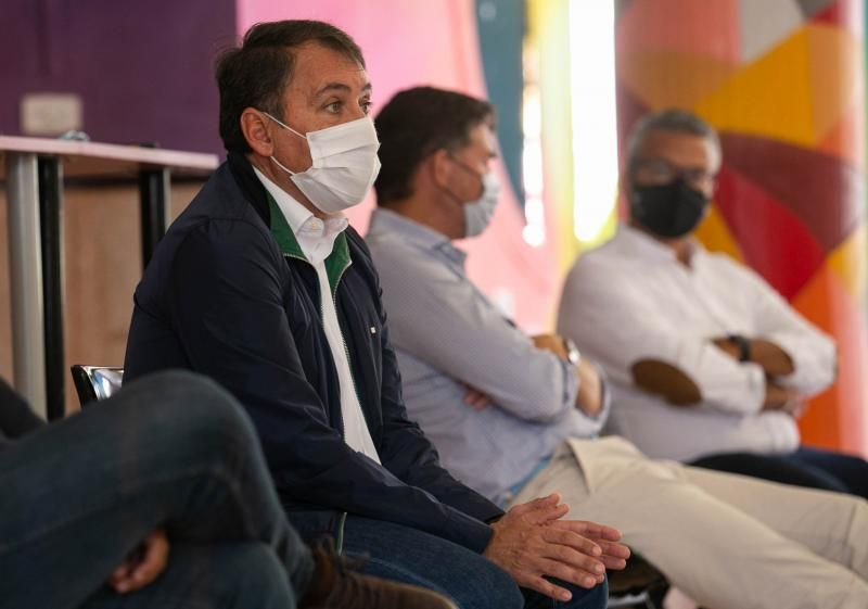 Reunión del alcalde con afectados por el cierre del puente de San Andrés