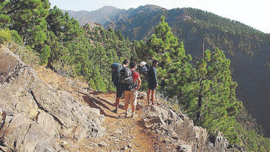 La Isla se convierte este fin de semana en el epicentro del senderismo