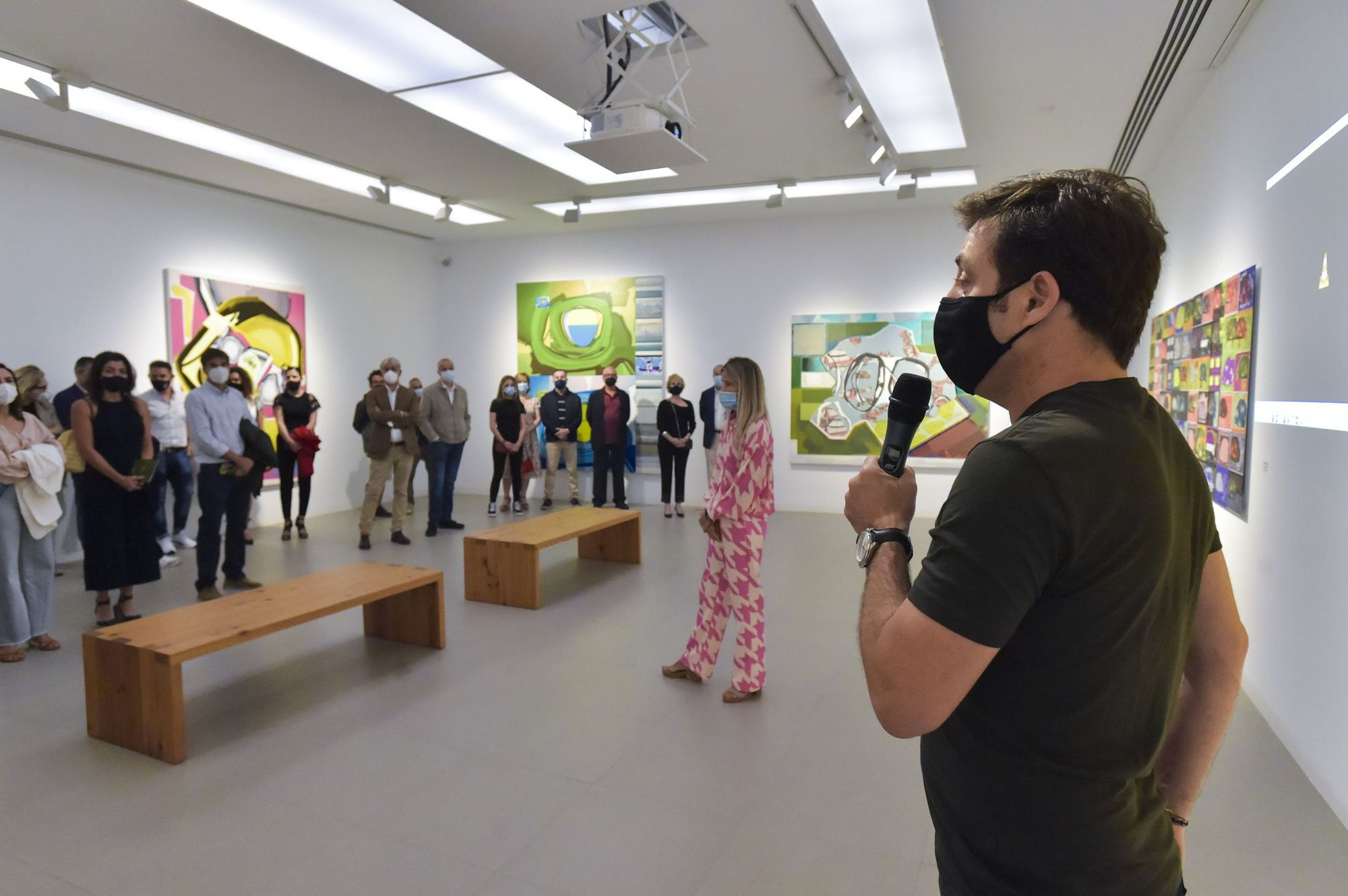 Exposición de Luis Gordillo