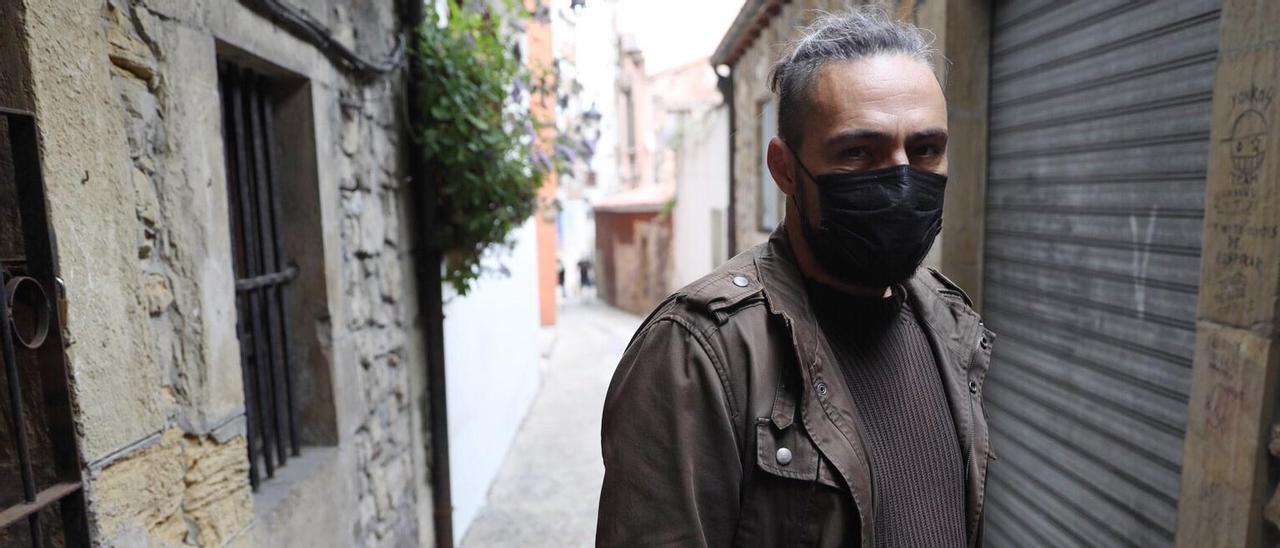 José Ángel Lázaro en la calle los Alas.