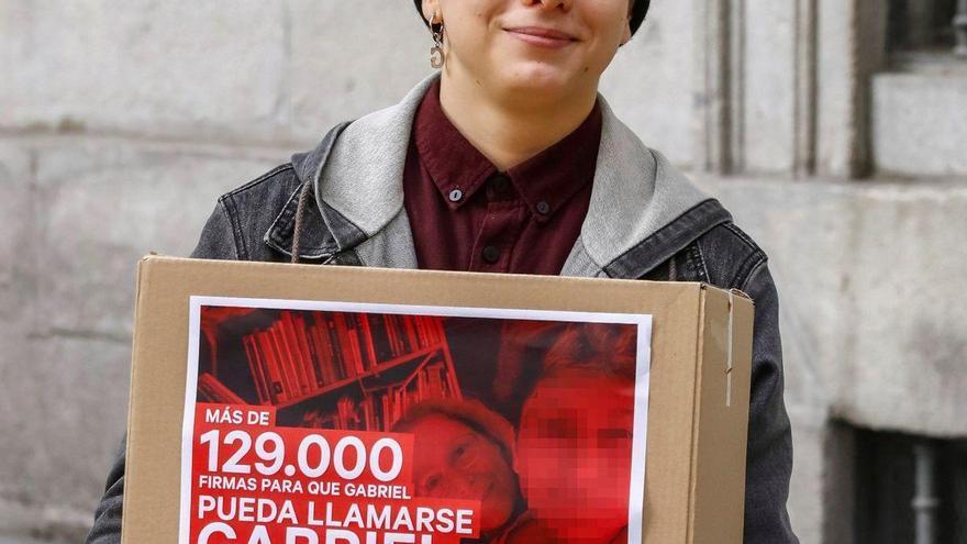 Los menores podrán cambiar de sexo en el registro en España sin informe médico