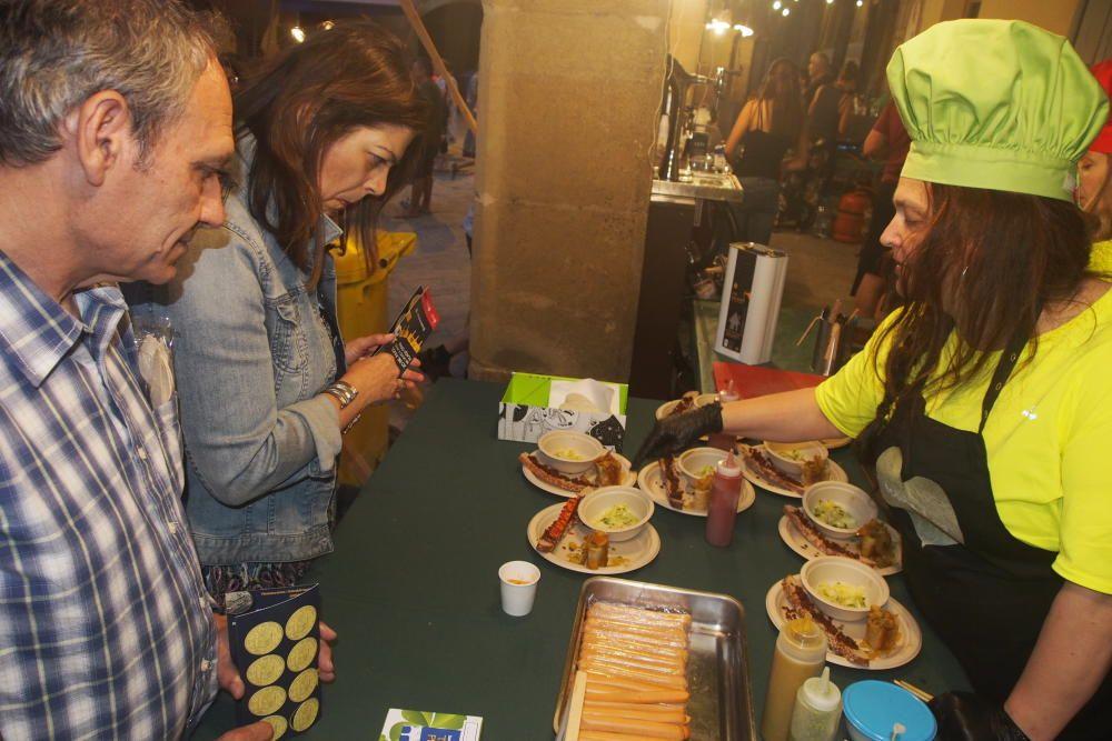La gastromia de Calaf i l'Alta Segarra fa un tast participat a la plaça Gran