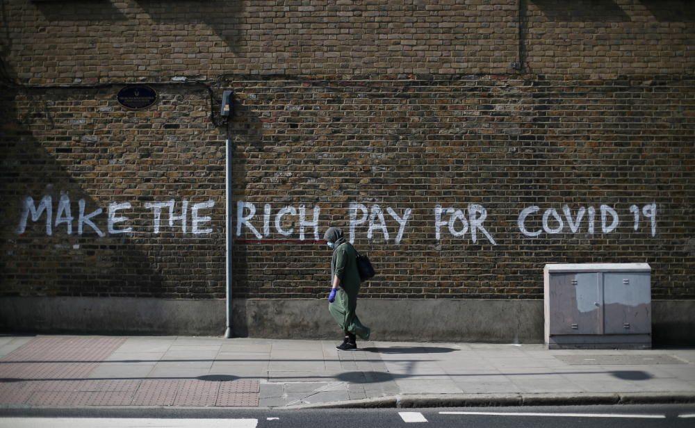 """""""Haced pagar a los ricos"""""""