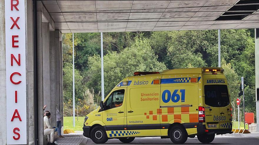 Reguero de pacientes a urgencias por las trabas para ir al médico de familia