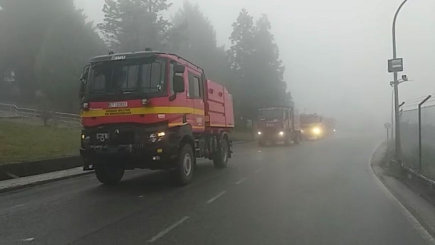 La Unidad Militar de Emergencias se despliega en Figueirido contra los incendios