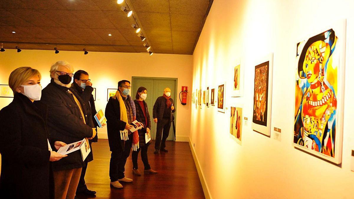 El acto inaugural de la exposición Saudarte en el Auditorio Municipal de Vilagarcía.    // IÑAKI ABELLA
