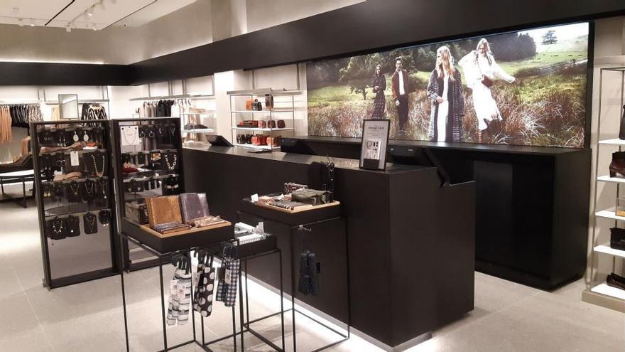 Una marca de moda internacional abre su flagship store en el centro comercial Saler