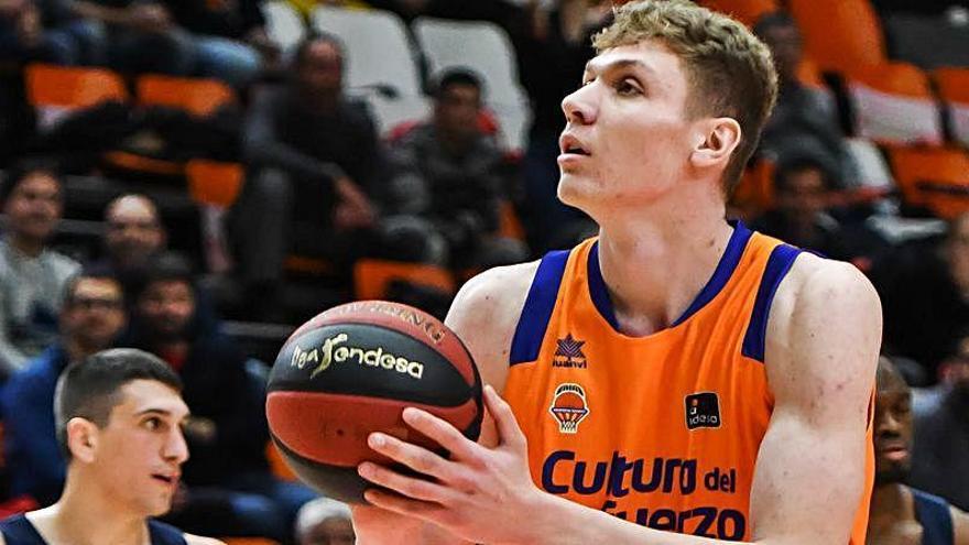 Tomas Pavelka jugará como vinculado en el TAU Castelló