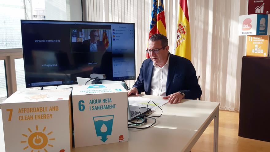 """Benidorm entregará una """"tarjeta-monedero"""" con 200 euros a familias vulnerables"""
