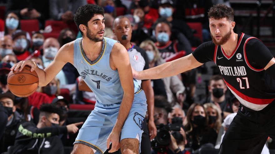 Santi Aldama cumple el sueño de debutar en la NBA