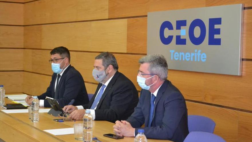 Fedeport se expande en Tenerife para replicar el modelo de defensa del sector portuario
