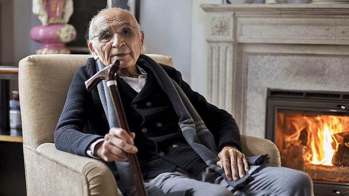 El poeta valenciano y Premio Cervantes, Francisco Brines.   FERNANDO BUSTAMANTE