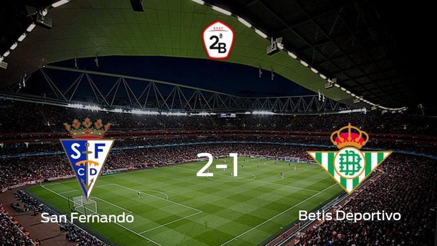 El San Fernando vence en casa al Betis Deportivo por 2-1