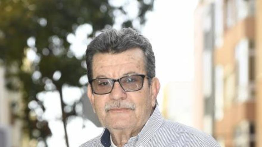 Antonio García se jubila tras 43  años de servicio en el Samoa