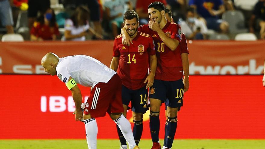 Gayà, Soler y Ferran lideran a España (4-0)