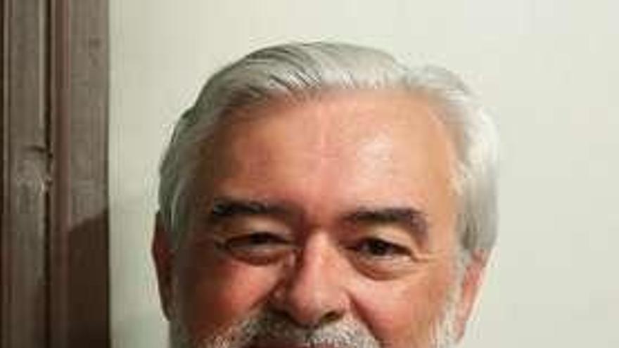 El gallego Darío Villanueva, nombrado nuevo presidente del Instituto de España