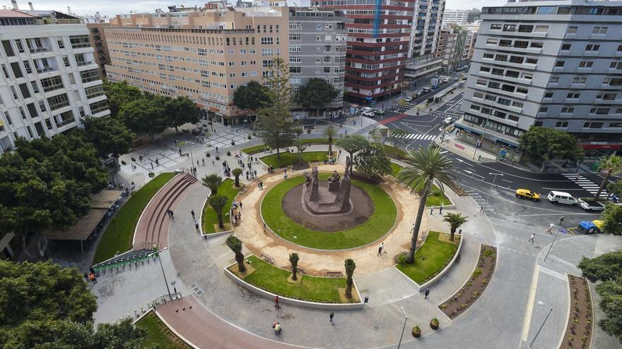 La nueva Plaza de España abre y remata la peatonalización de Mesa y López