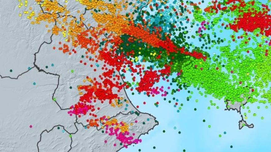 Un enjambre de casi 16.000 rayos cae entre Valencia e Ibiza en solo un día