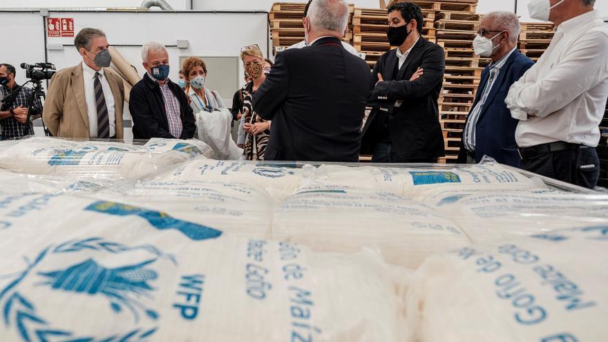 Tinduf recibe 1.200 toneladas de gofio para combatir la hambruna