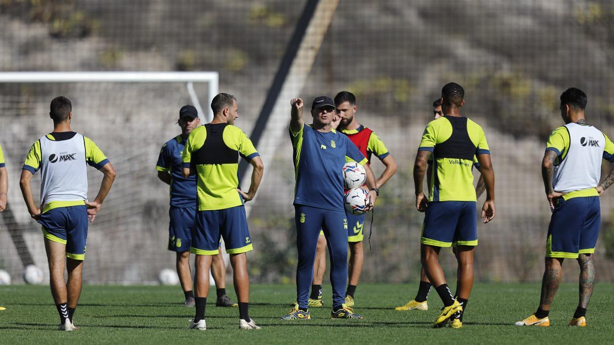 UD Las Palmas prepara el partido ante el Málaga