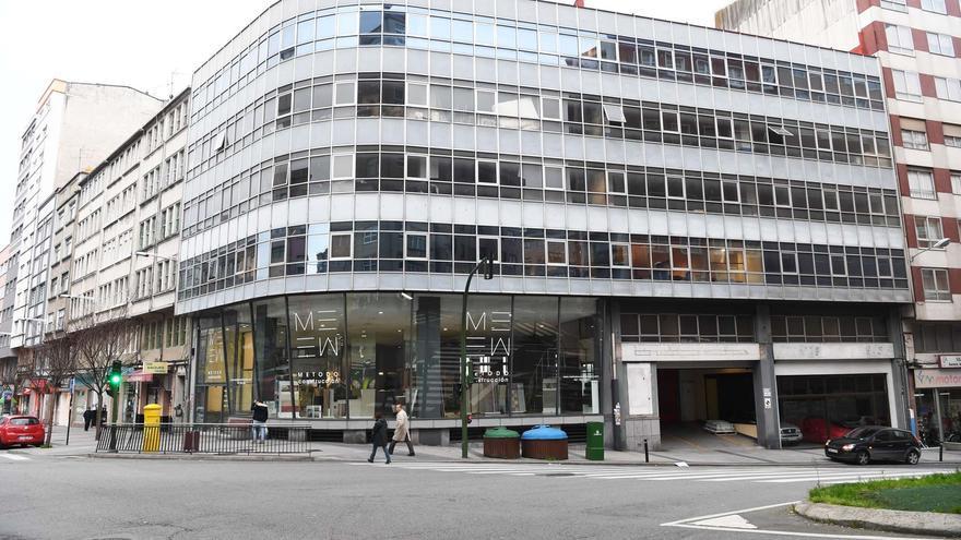 La caducidad de la licencia impide el derribo del edificio Citroén