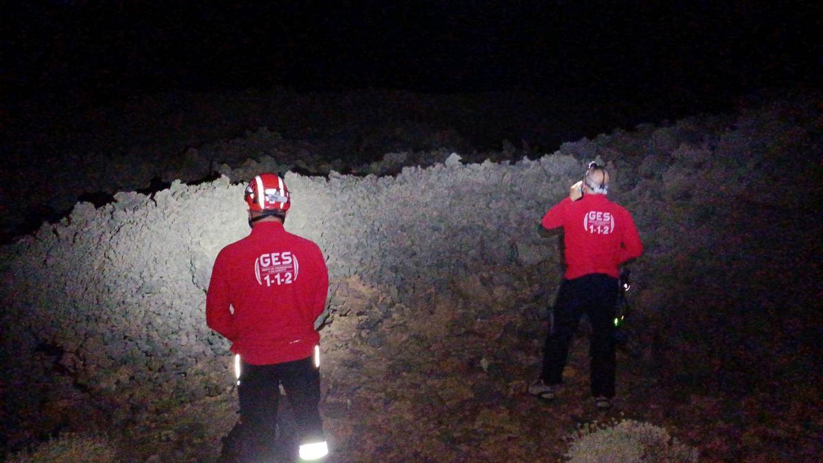 Momentos del rescate en el Parque Nacional del Teide.