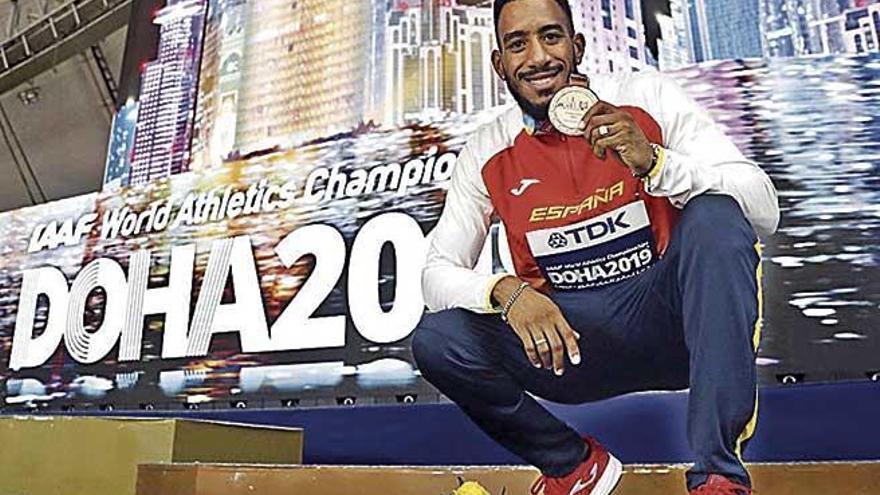 Orlando Ortega gana el bronce en el Mundial tras dos reclamaciones