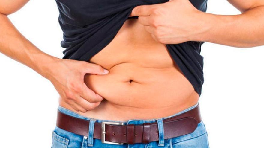 Esto es lo que tienes que hacer antes de irte acostar para eliminar la grasa abdominal