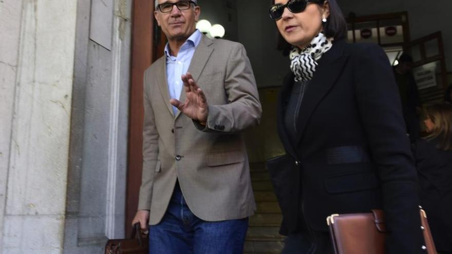 Uni-Professor bestreitet, Minerval als Medikament gegen Krebs verkauft zu haben