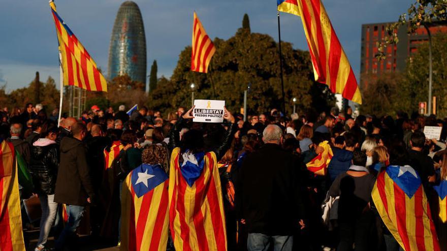 El 'sí' a la independencia de Cataluña retrocede a su nivel más bajo desde el 1-O