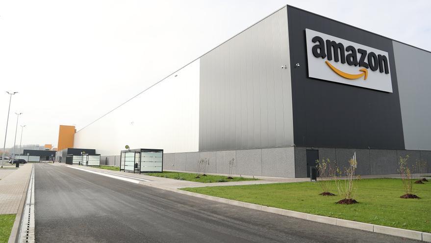 Amazon pide ayuda ante el aluvión de comentarios negativos en sus productos