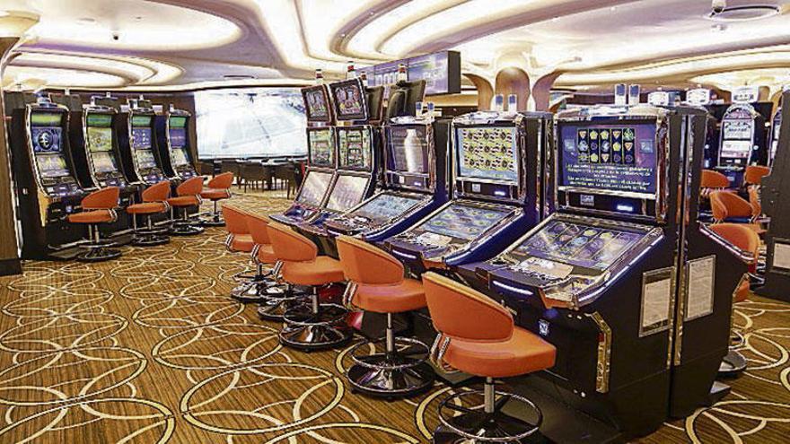 El Casino de Vigo abre sus puertas en A Laxe con música y degustaciones