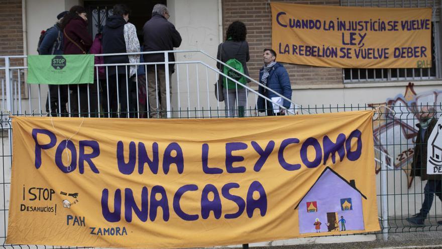 La familia amenazada de desahucio en Zamora tendrá una nueva vivienda en marzo