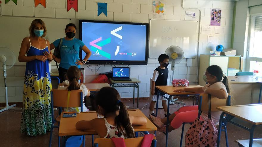 789 alumnos y 99 docentes se implican en el programa de refuerzo estival en Córdoba