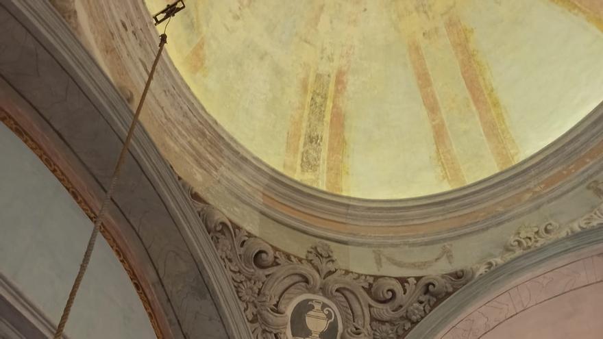 La rehabilitación de la ermita del Cristo de Eslida saca a la luz restos pictóricos del s.XVIII