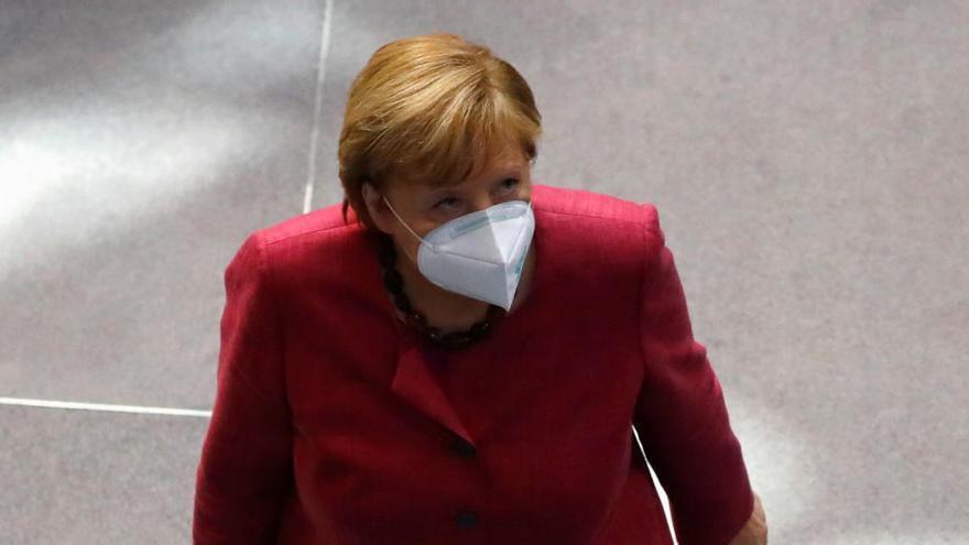 Merkel pide que Europa se coordine contra la pandemia