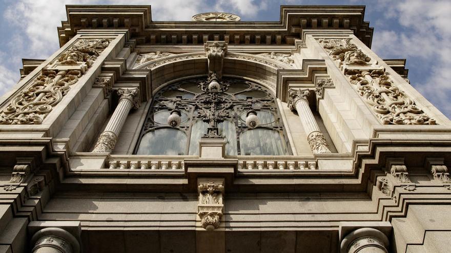 El Banco de España no ve incentivos suficientes para trabajar tras cumplir 65 años