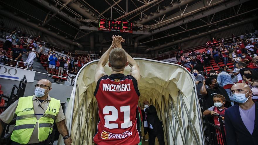 El excajista Waczynski debuta a lo grande con el Zaragoza