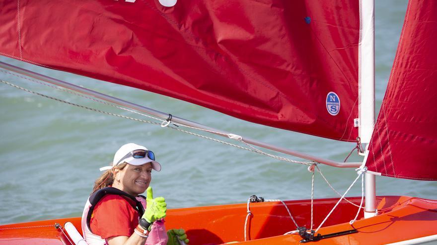 Violeta del Reino gana su tercer Mundial de vela adaptada