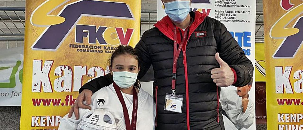 Medallas para el karate de Picanya y Paiporta | C.K.P.