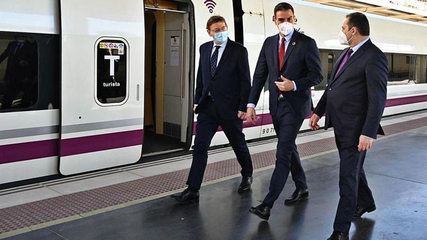 Cuatro viajes diarios a Madrid cuando el AVE llegue a Murcia