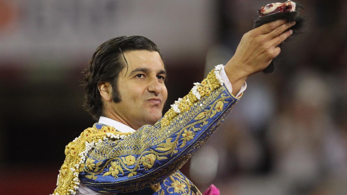 Twitter cierra la cuenta de Morante de la Puebla.