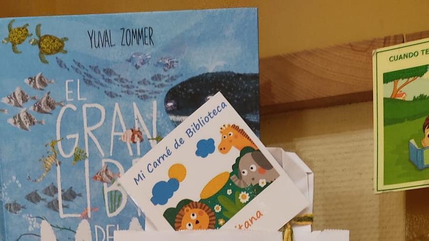 La biblioteca de Aspe regalará un libro a los nacidos en 2020