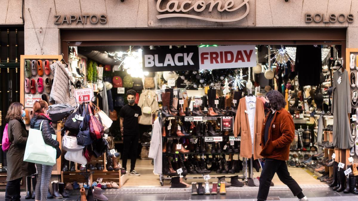 CANARIAS.-El 'Black Friday' de este año generará en Canarias más de 1.380 empleos, un 7,4% menos que en 2019, según Randstad